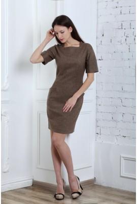 Сукня з прямокутним вирізом та кишенями коричнева 1410-035-2