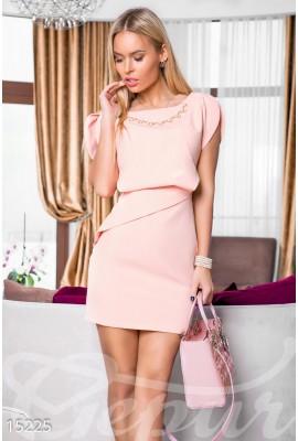 Ніжна коктейльна сукня персикова