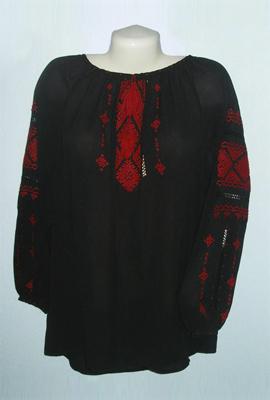 Вишиванка жіноча чорна класична (ручна вишивка)